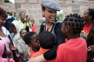 Alicia Keys in Africa provides support to AIDS orphans who have been left behind